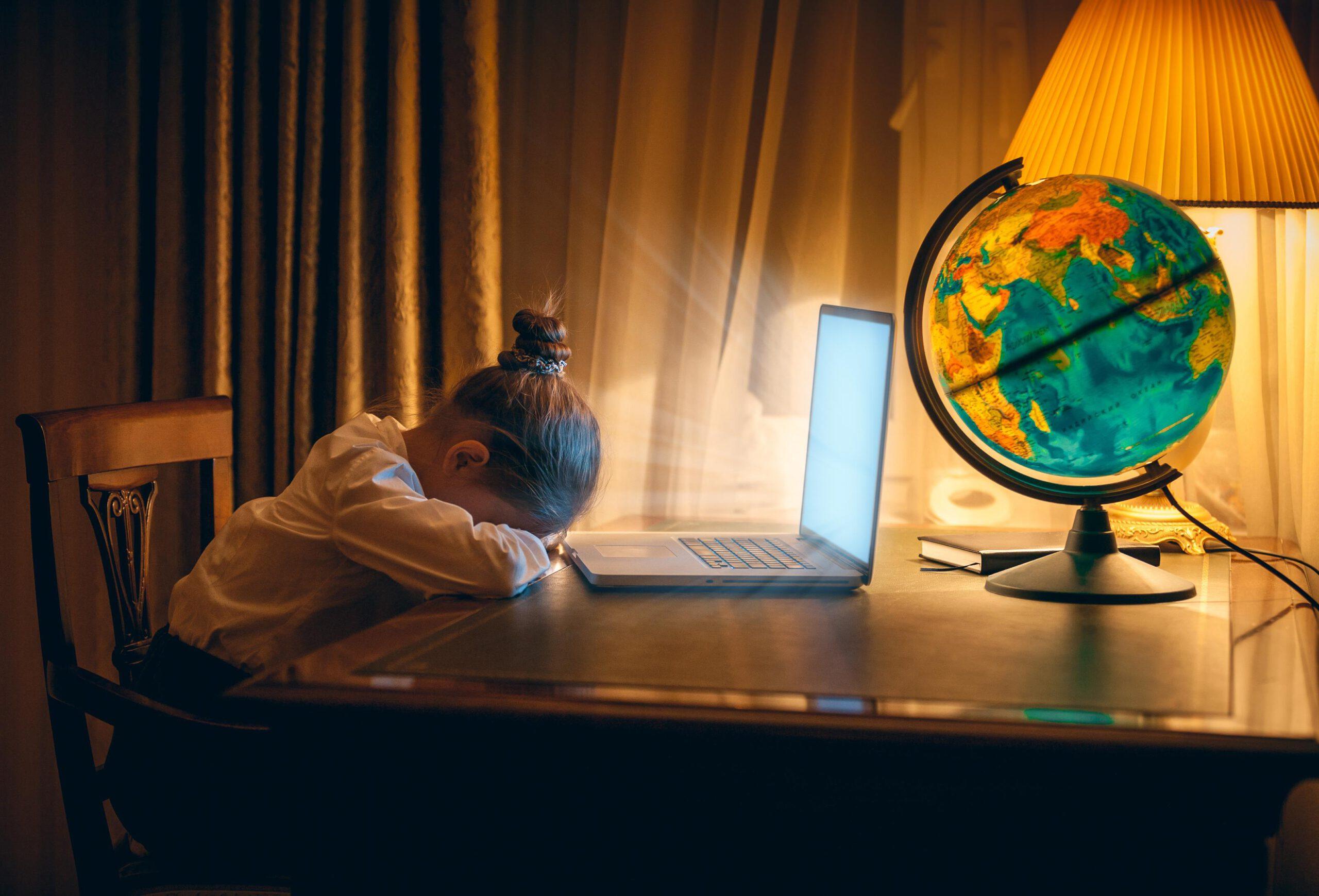 Nauka z domu – jak zaplanować dzień i nie zwariować