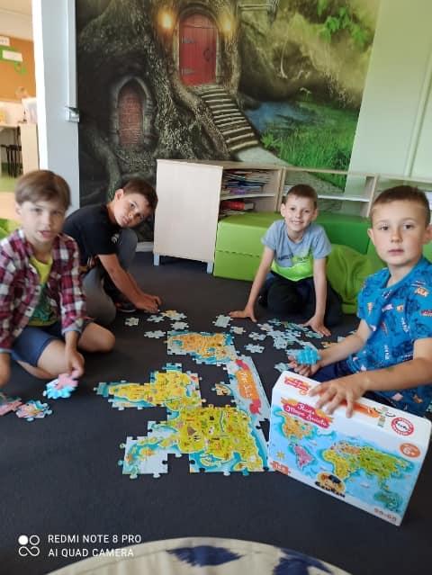 Konkurs układania puzzli