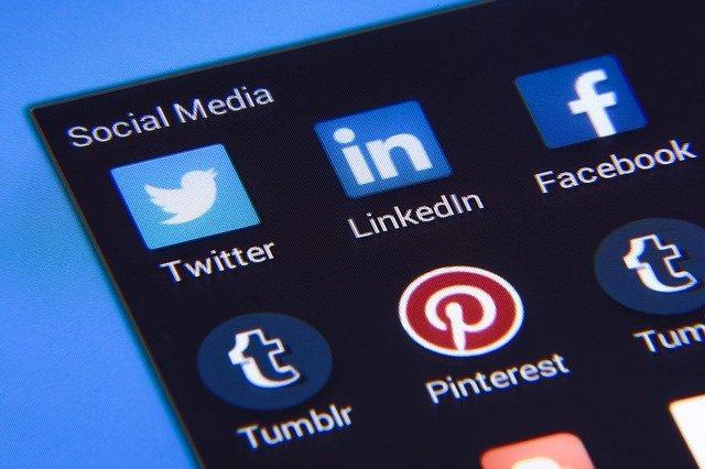 Sen, a media społecznościowe